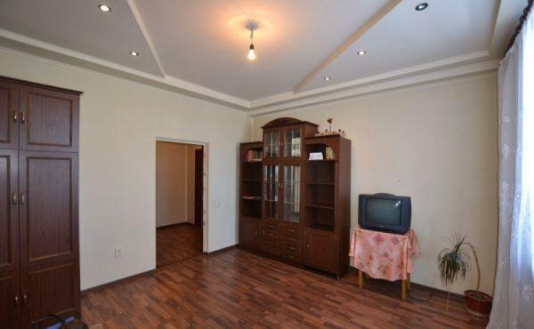 Просторная двухкомнатная квартира в городе Волоколамске